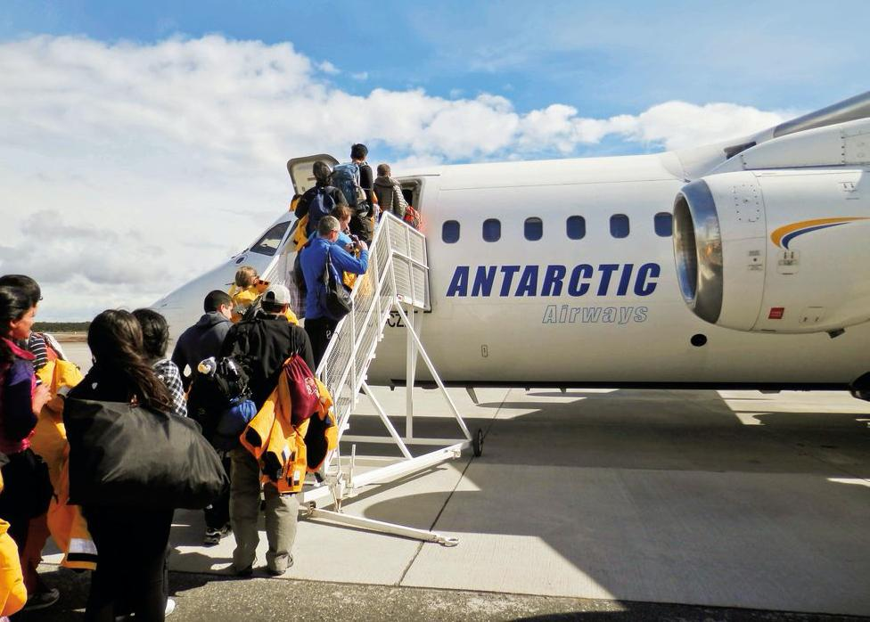 Antarctica Express: Fly the Drake