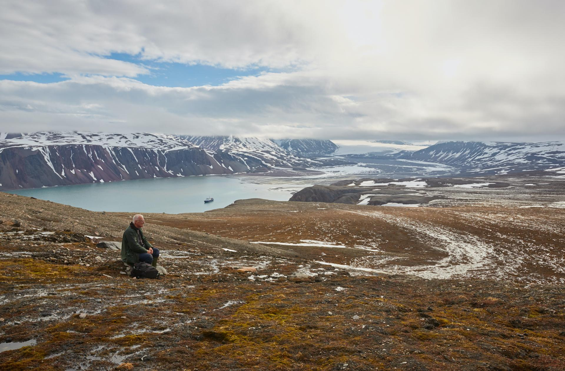 Northeast Spitsbergen, In the realm of Polar Bear & Ice � Summer Solstice